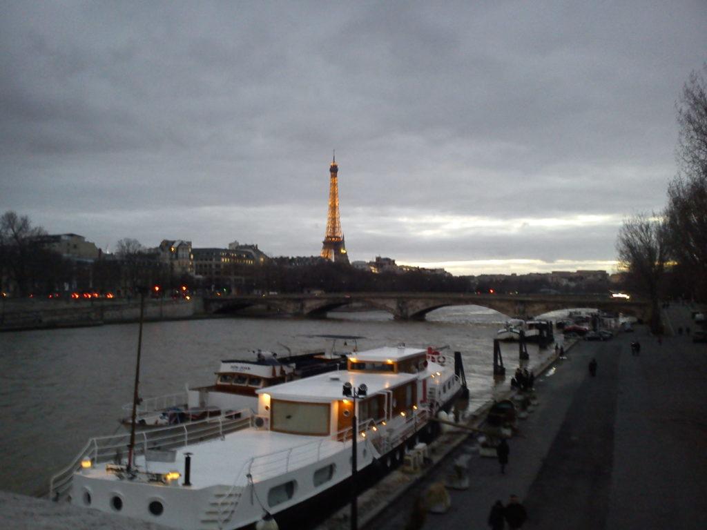 Paris, Seine, Eiffel Tower