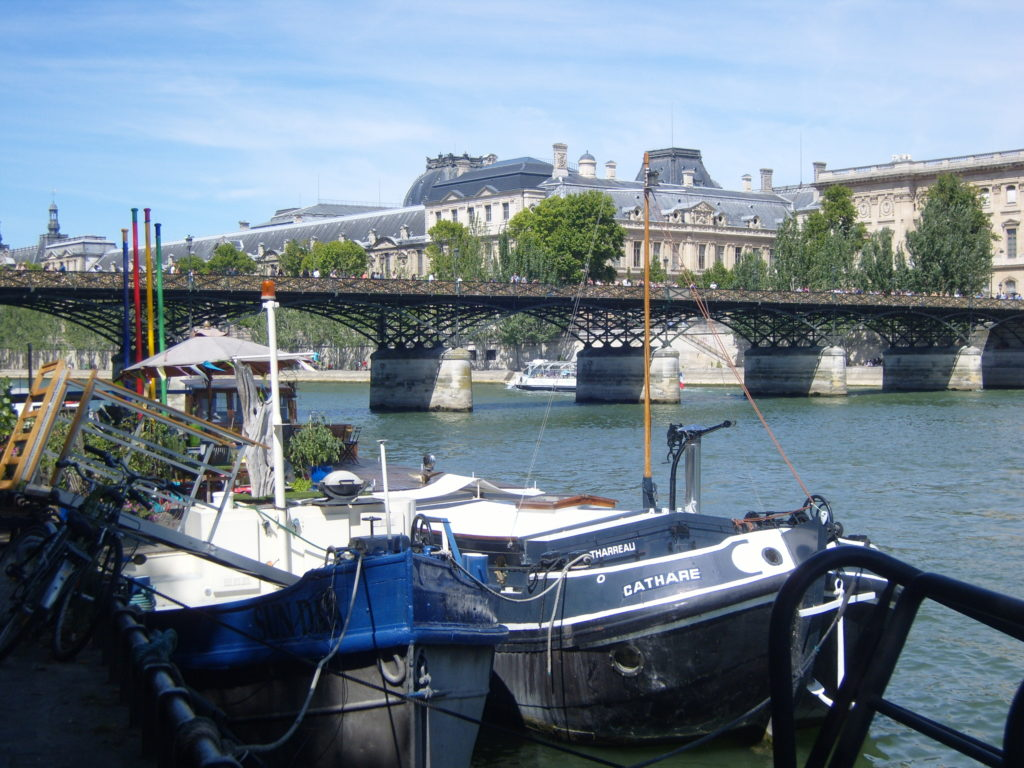 Seine River, Louvre Museum