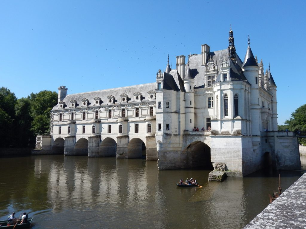 Loire Valley castles, renaissance architecture, French castles, Chenonceau